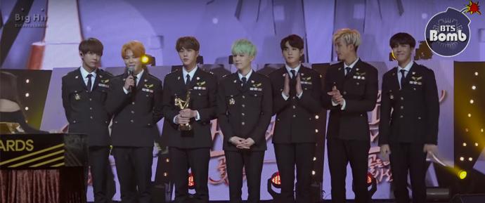 [BANGTAN BOMB] BTS no 30º Golden Disc Awards 2016