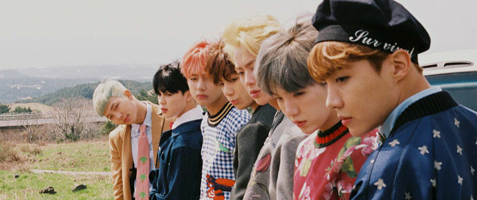 """BTS está """"em chamas"""" para o seu álbum especial Young Forever"""