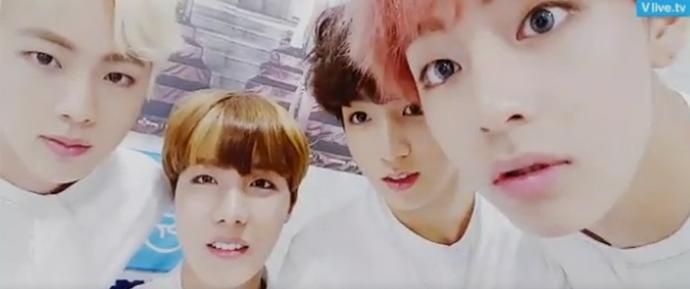 Live com J-Hope, V, Jin, Jimin e Jungkook