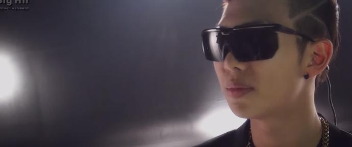 [BANGTAN BOMB] Especial 2 – Cut da gravação do solo de RM