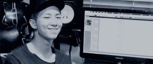 📷 Kim Taehyung (V) como Hansung