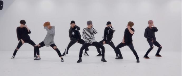 '피 땀 눈물 (Blood Sweat & Tears)' Dance Practice