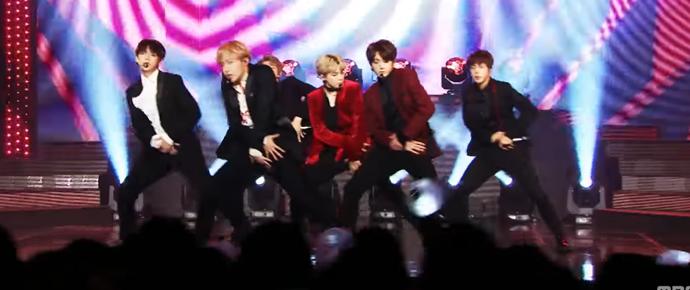 """🎥""""Blood, Sweat & Tears"""" @ Music Core"""
