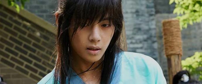 📷 Kim Taehyung @ Bastidores de Hwarang