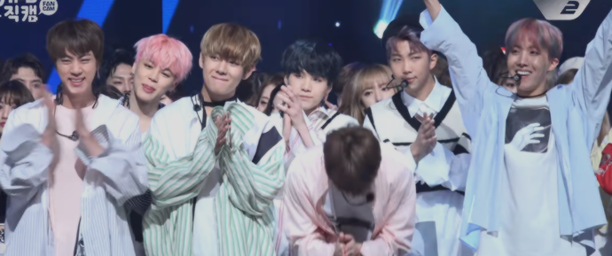 🎥 BTS no Encore Stage do Mcountdown