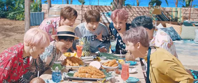 🎥 BTS para BBQ Chicken