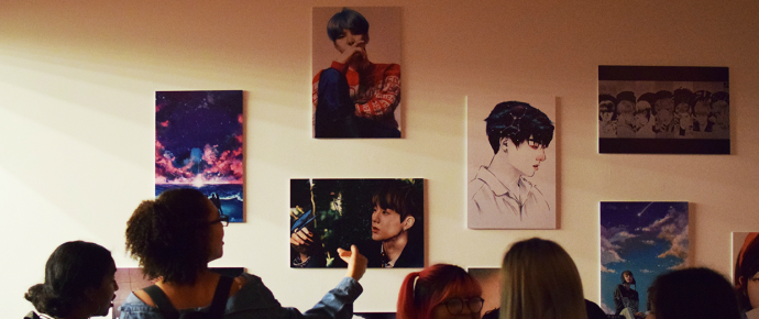 """[NEWS] Exibição """"Love Your BTS"""" mostra que está na hora de levar fã-artes de K-pop a sério"""
