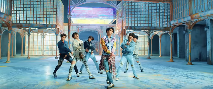 'FAKE LOVE' é o 13º MV do BTS a atingir 100 milhões de visualizações no YouTube!