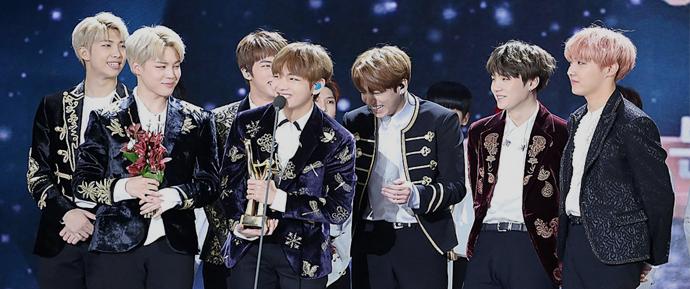 BTS ganha prêmio pelo segundo ano consecutivo no 45º Korea Broadcasting Award