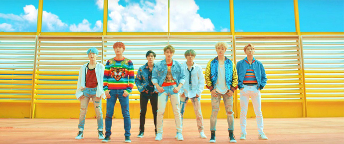 BTS é o primeiro grupo de K-Pop a atingir 550 milhões de views no YouTube!