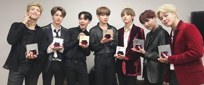 Did you see their bags? 🏆 BTS é o grande vencedor do MGA 2018!