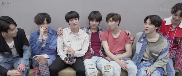 🎥 BTS ganhou o 1º lugar & Jin é um apresentador especial