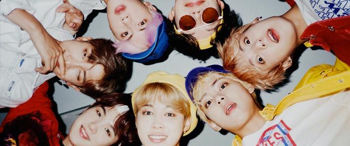 Explicando o sucesso do BTS e a influência de fãs que traduzem