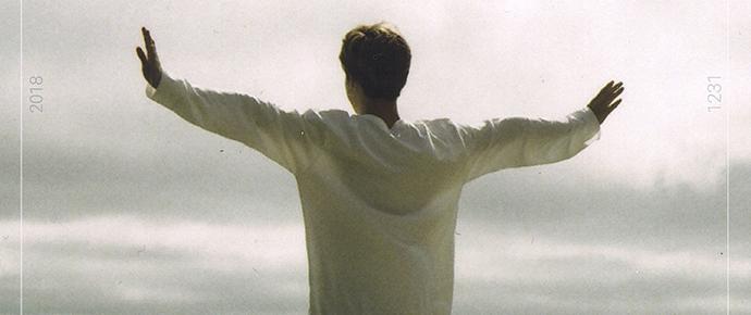 """Jimin lança o single """"Promise"""" como um presente para os ARMYs 💕"""