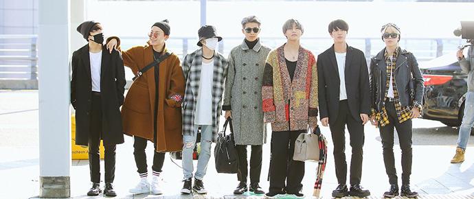 16 fotos que provam que o BTS é o rei da moda nos aeroportos!