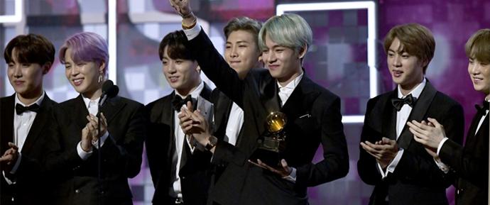 ARMYs reagem a Love Yourself 轉 'Tear' perdendo o Grammy com positividade e amor