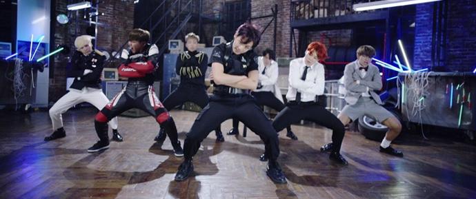 DOPE se torna o 5º MV do BTS a alcançar 450 milhões de views!