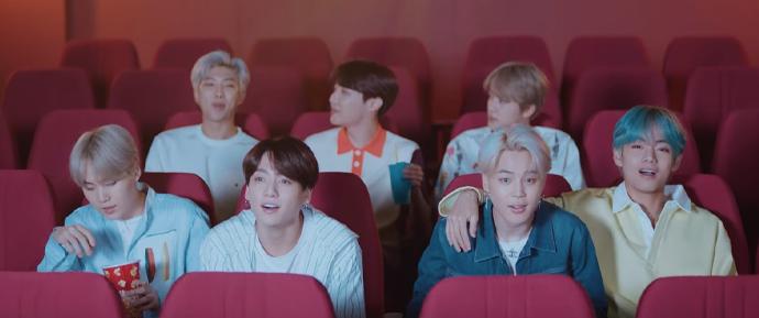 O MV de 'Lights' mostra o melhor da amizade do BTS, e nós amamos 💜