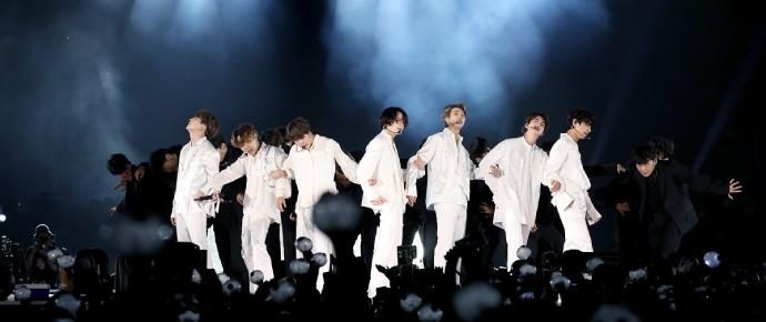 BTS concluiu a Speak Yourself Tour faturando R$488 milhões 🤑
