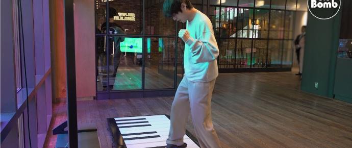[BANGTAN BOMB] Toque o piano @ BTS POP-UP: House Of BTS