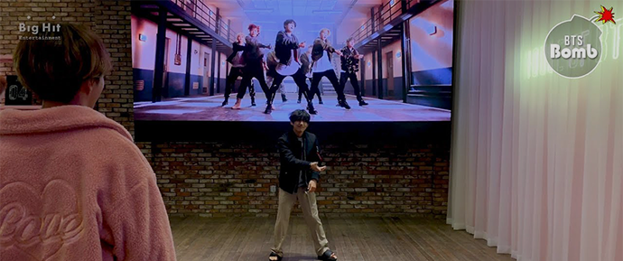 [BANGTAN BOMB] V dança 'MIC Drop' @ BTS POP-UP : HOUSE OF BTS