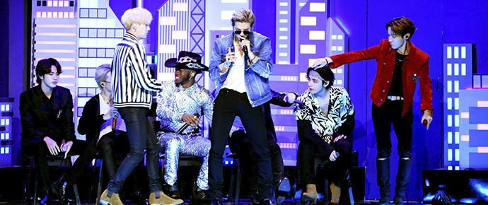 História sendo feita! BTS é o primeiro artista coreano a se apresentar no GRAMMYs 👏
