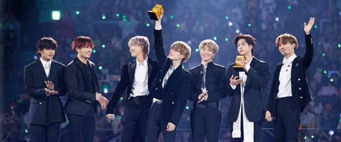 Só 5 álbuns de K-Pop passaram mais de um ano nos charts da Billboard e TODOS são do BTS!