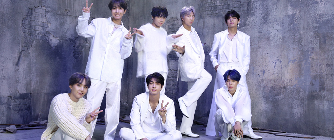 BTS é o único artista coreano na lista da Rolling Stone de melhores álbuns de 2020!