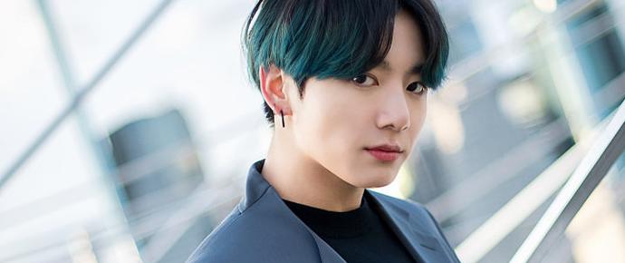 As músicas solo do JungKook mostram seu fantástico crescimento como artista 💜