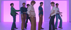 "🎥 BTS – ""Dynamite"" @ GRAMMY Press Play"
