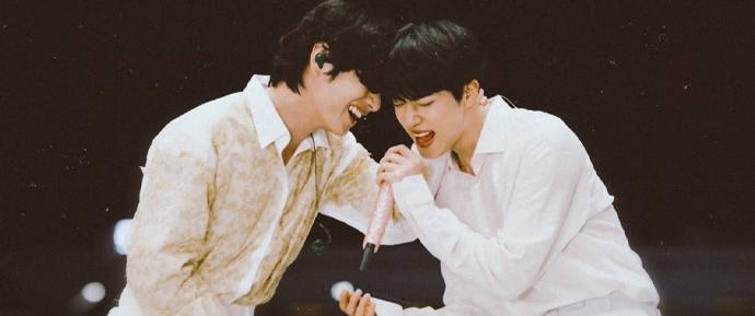 Jin conta história de como V pediu ajuda de seus amigos para alegrar o seu aniversário 🥰