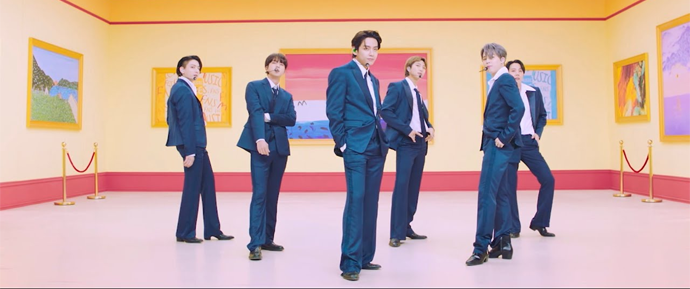 🎥 BTS – 'Dynamite' @ FNS MUSIC FESTIVAL